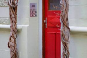 Vchodové dveře – kolik to bude stát?
